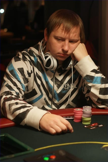 http://www.pokercity.nl/uploads/lrFoto/DSC03931.JPG