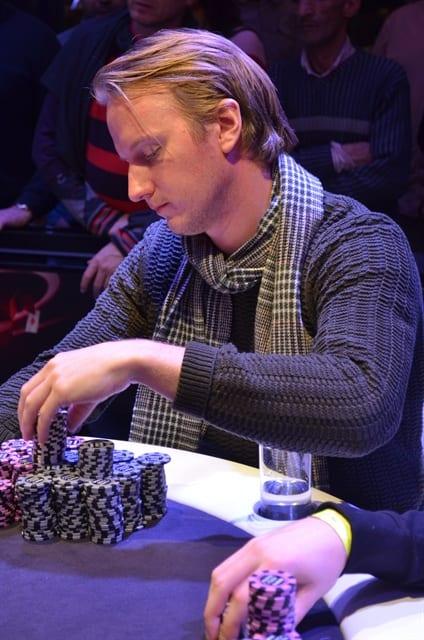 http://www.pokercity.nl/uploads/lrFoto/DSC_0258.JPG
