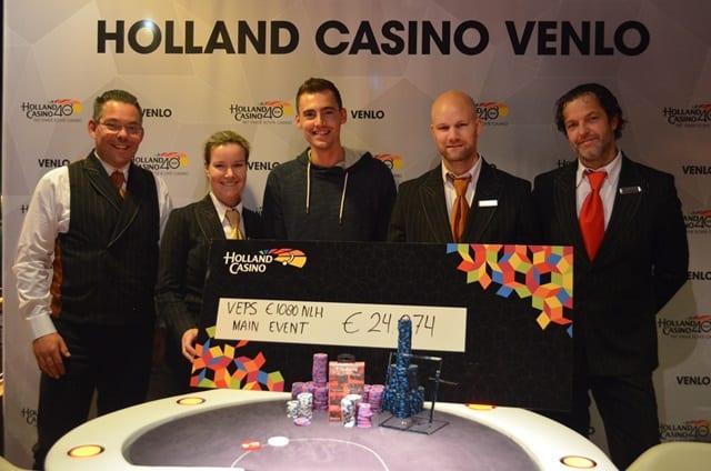 http://www.pokercity.nl/uploads/lrFoto/DSC_0370.JPG