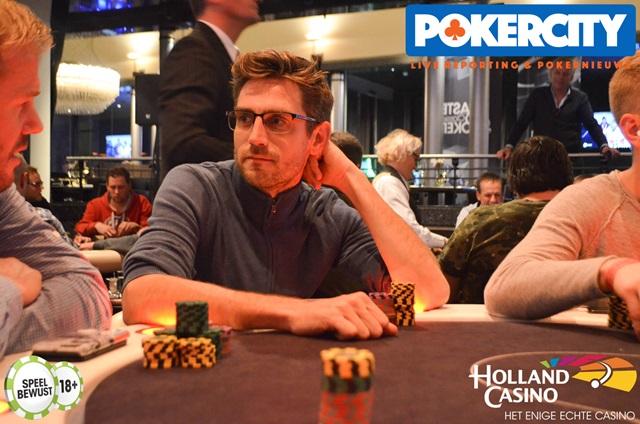 http://www.pokercity.nl/uploads/lrFoto/DSC_0382.JPG
