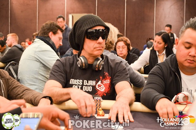 http://www.pokercity.nl/uploads/lrFoto/event1447/DSC_0113.jpg