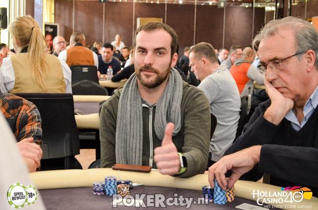 http://www.pokercity.nl/uploads/lrFoto/event1448/DSC_0262.jpg