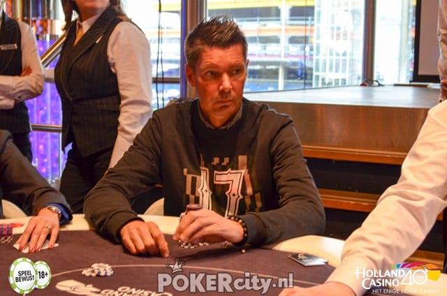 http://www.pokercity.nl/uploads/lrFoto/event1449/DSC_0452.jpg