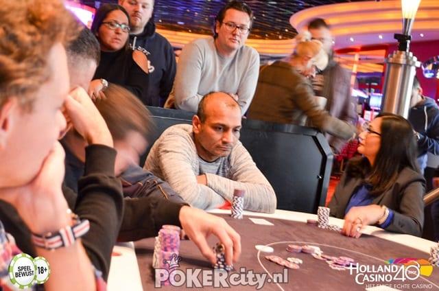 http://www.pokercity.nl/uploads/lrFoto/event1449/DSC_0456.jpg