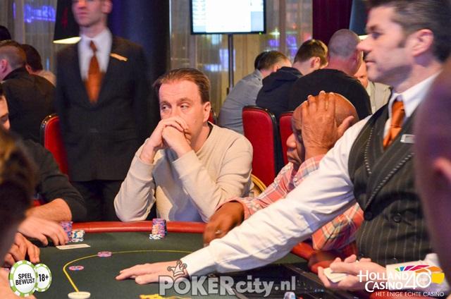http://www.pokercity.nl/uploads/lrFoto/event1459/DSC_0151.jpg