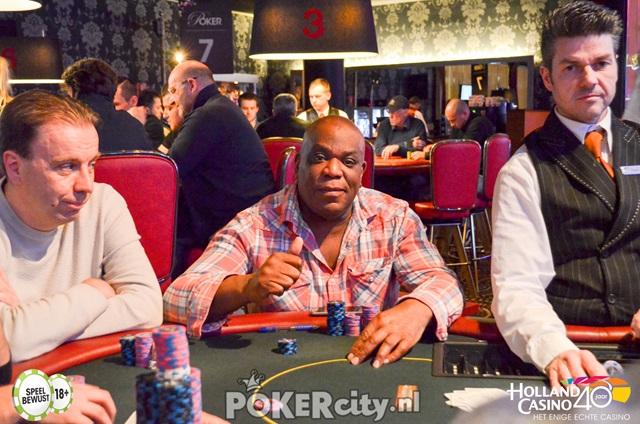 http://www.pokercity.nl/uploads/lrFoto/event1459/DSC_0159.jpg