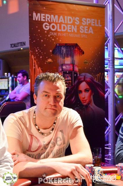 http://www.pokercity.nl/uploads/lrFoto/event1459/DSC_0225.jpg