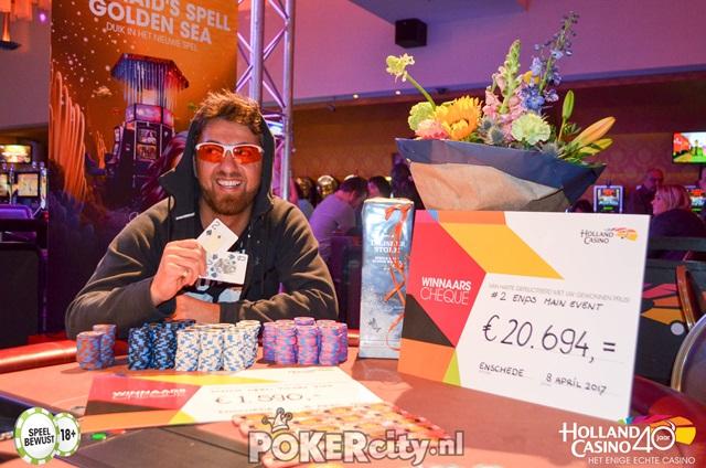 http://www.pokercity.nl/uploads/lrFoto/event1459/DSC_0241.jpg
