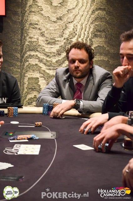 http://www.pokercity.nl/uploads/lrFoto/event1463/DSC_0377.jpg