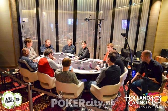 http://www.pokercity.nl/uploads/lrFoto/event1471/DSC_0281.jpg