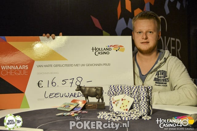 http://www.pokercity.nl/uploads/lrFoto/event1493/DSC_1116.jpg