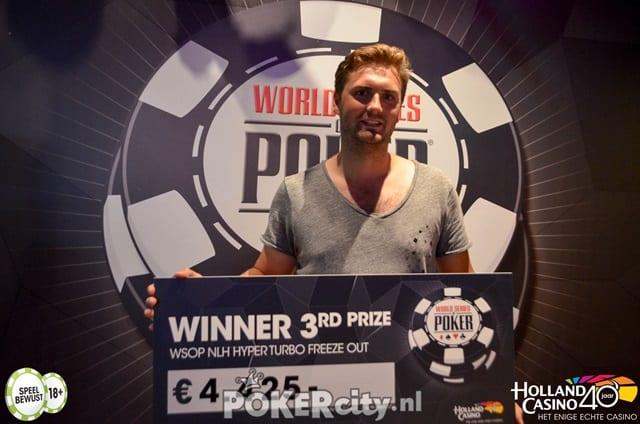 http://www.pokercity.nl/uploads/lrFoto/event1515/DSC_0088.jpg