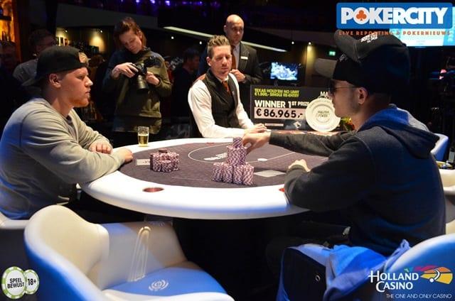 http://www.pokercity.nl/uploads/lrFoto/event1561/DSC_0004.jpg