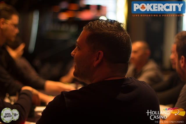 http://www.pokercity.nl/uploads/lrFoto/event1567/IMG_1812.jpg