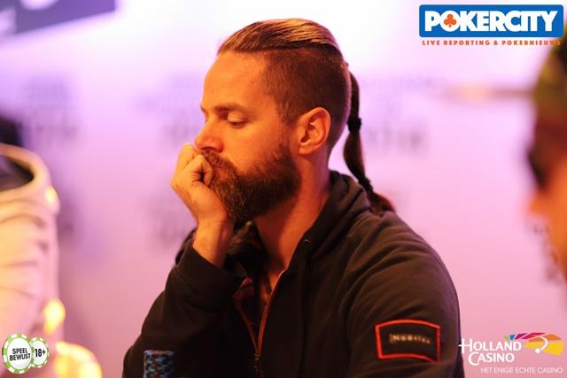 http://www.pokercity.nl/uploads/lrFoto/event1575/IMG_0449.jpg