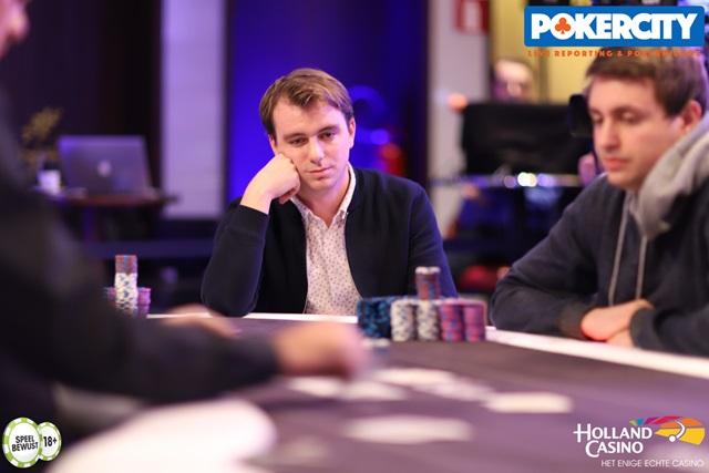 http://www.pokercity.nl/uploads/lrFoto/event1575/IMG_0639.jpg