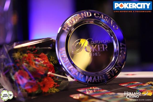 http://www.pokercity.nl/uploads/lrFoto/event1575/IMG_0744.jpg