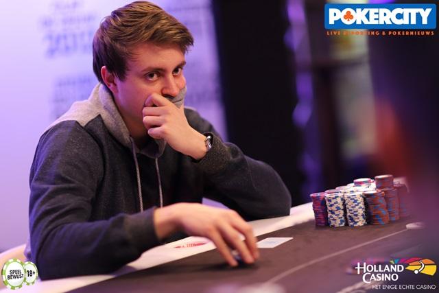 http://www.pokercity.nl/uploads/lrFoto/event1575/IMG_0773.jpg