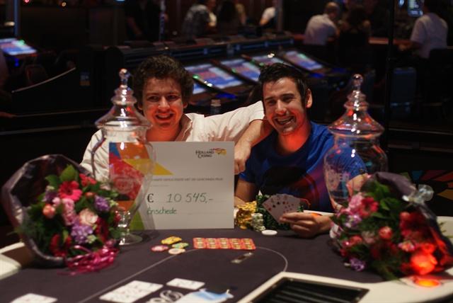 http://www.pokercity.nl/uploads/lrFoto/event512/DSC08209.JPG