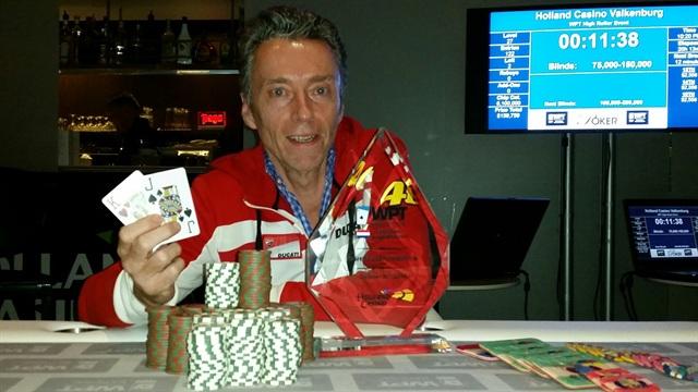 http://www.pokercity.nl/uploads/lrFoto/event915/2014-10-06%2022.34.51.jpg