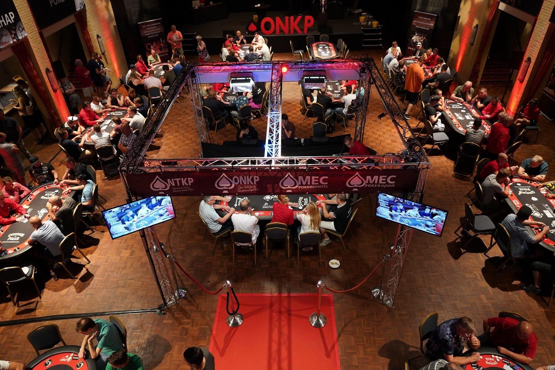 4_5bfe6447cf711_Kick off onk poker 2019.jpg